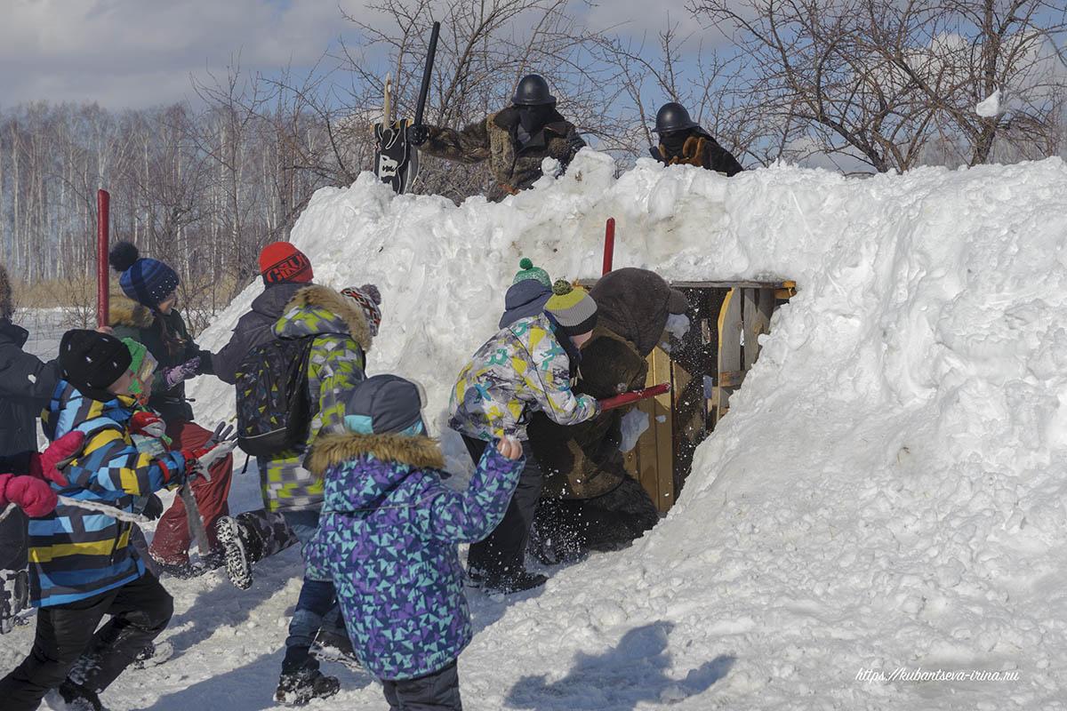 взятие снежной крепости фото