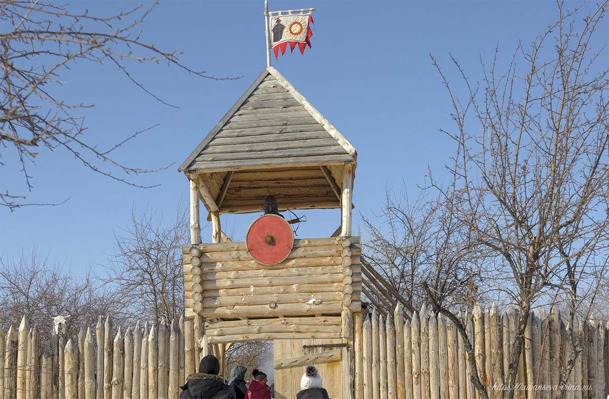 древняя сторожевая башня фото