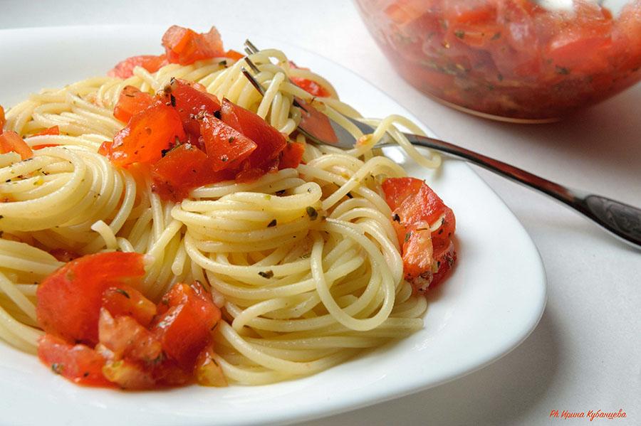 Соус из свежих помидоров к макаронам фото