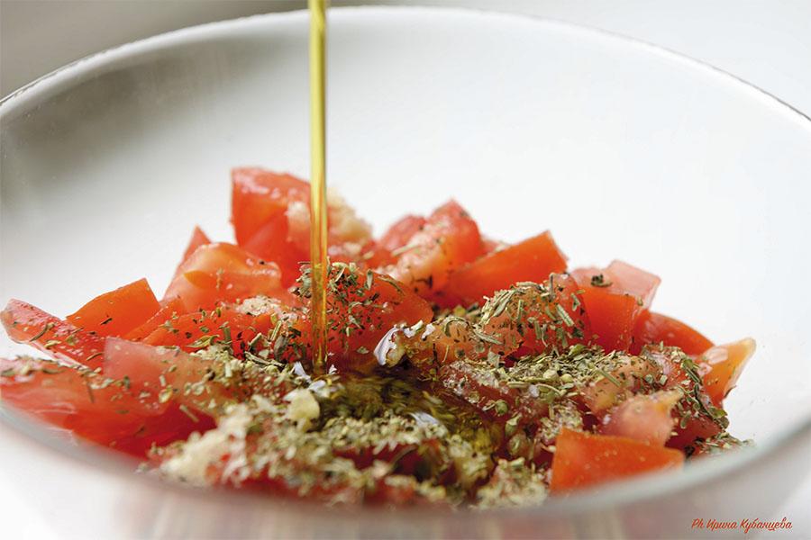 Как сделать соус из свежих пормидоров с чесноком фото