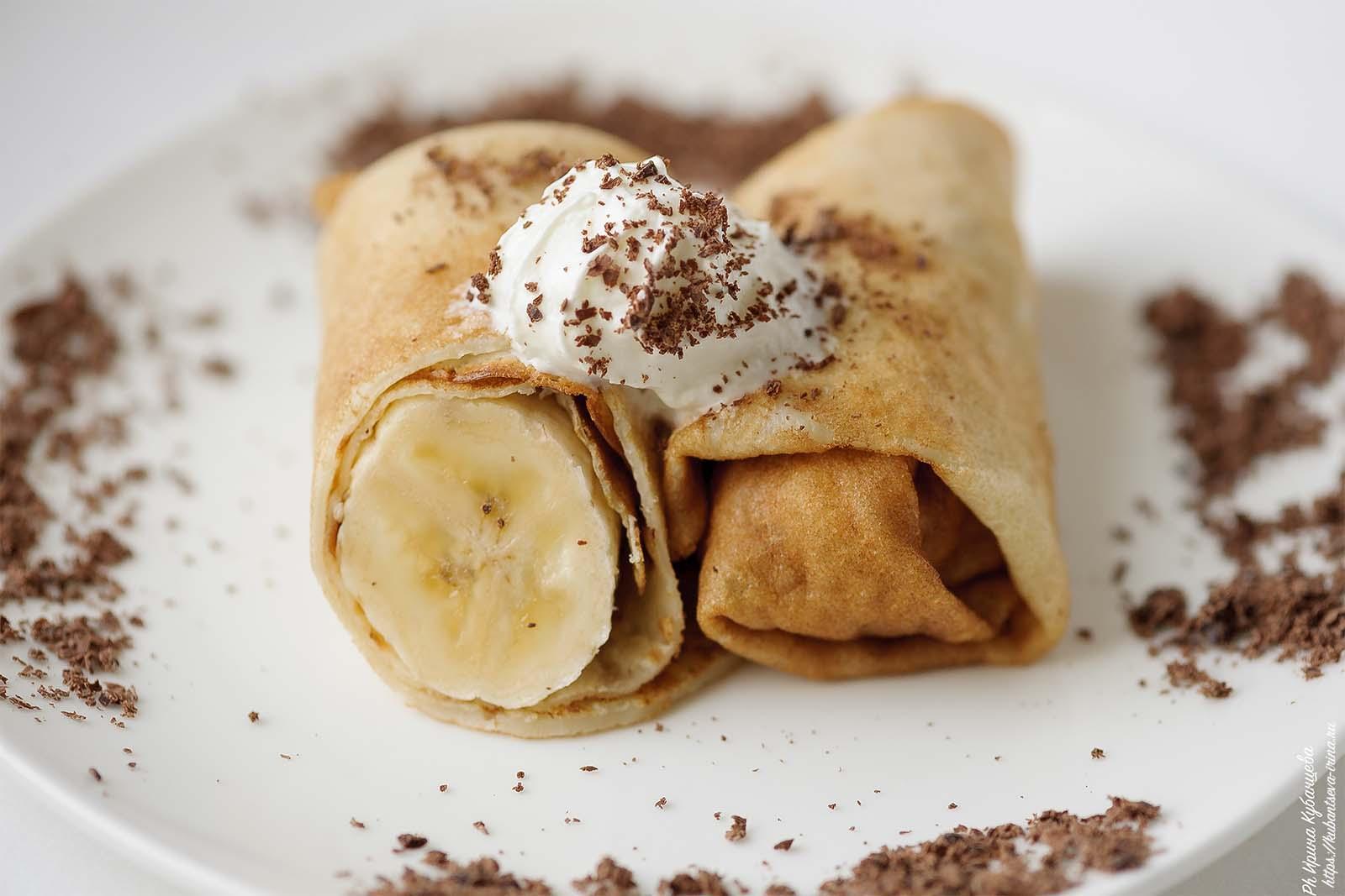 блины на масленицу с бананом и шоколадом