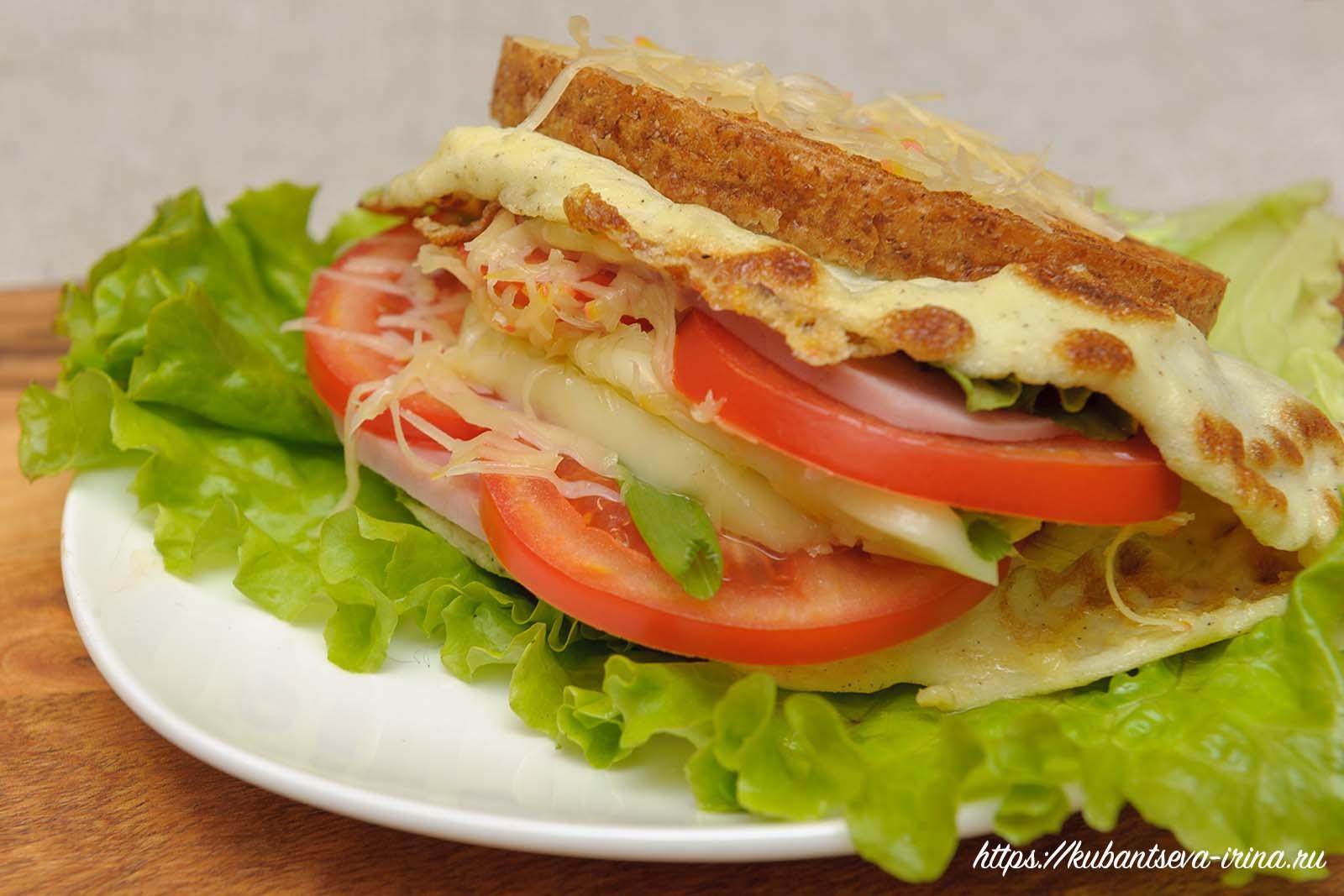 необычный бутерброд с омлетом